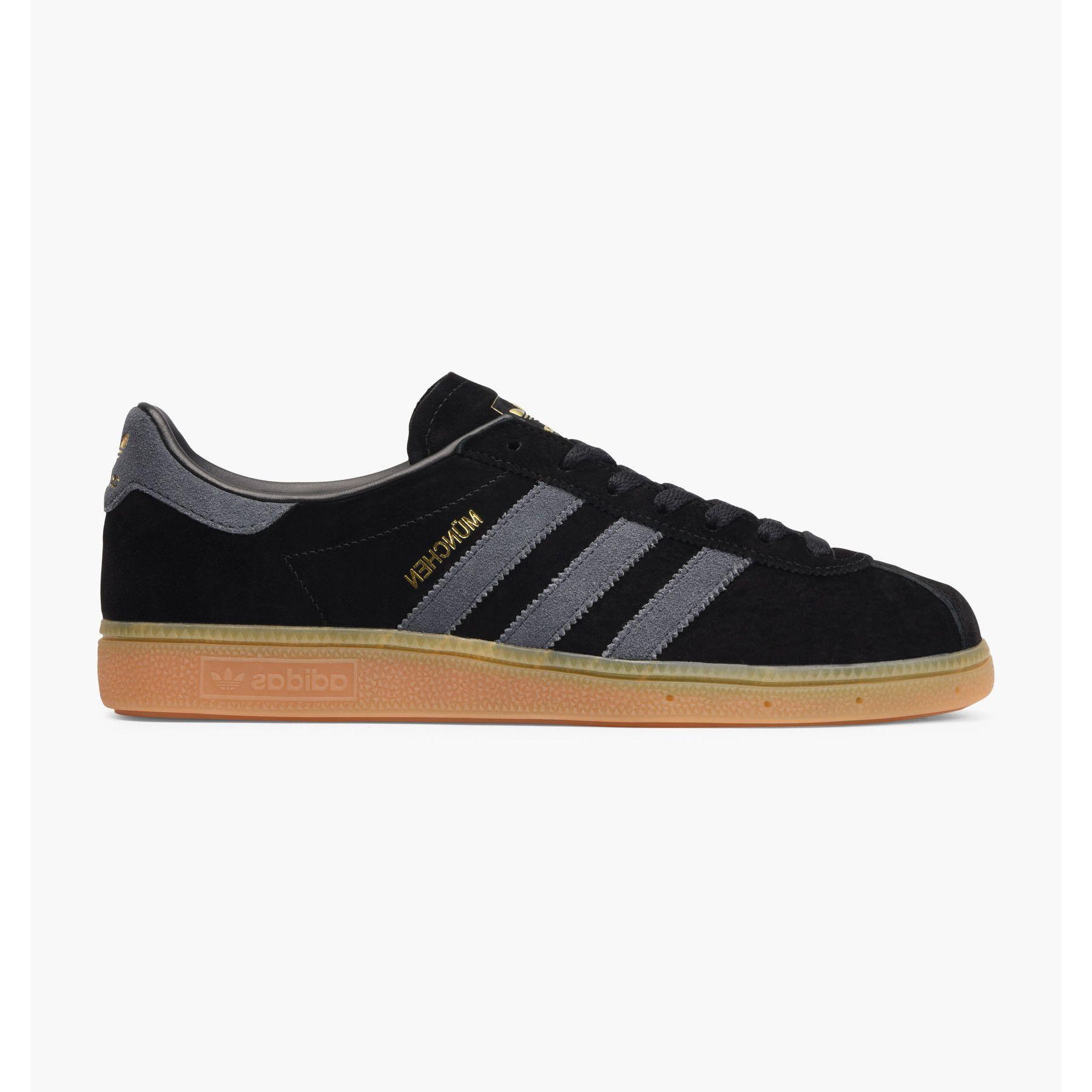 Pantofi Sport Adidas Munchen, Barbati, Negru BB5295 43 1/2 EU