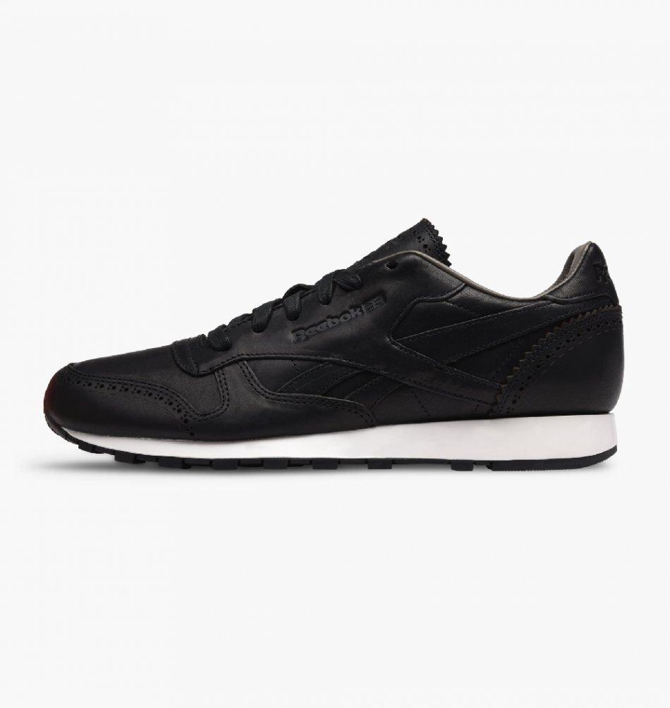 Pantofi sport Reebok Classic Leather   AQ9961  45 EU