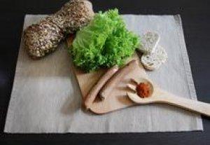 Cârnaţi vegani picanţi 200 g