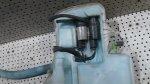 Borcanas  Vas Lichid Parbriz Cu Furtun Umplere  Motorase BMW E90  E91  E92  E93 20042008 (1)