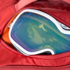 Osprey Kamber 22 Ripcord Red goggles