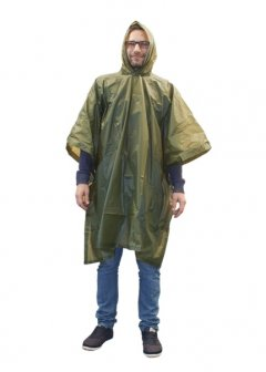 Yate poncho PVC in use