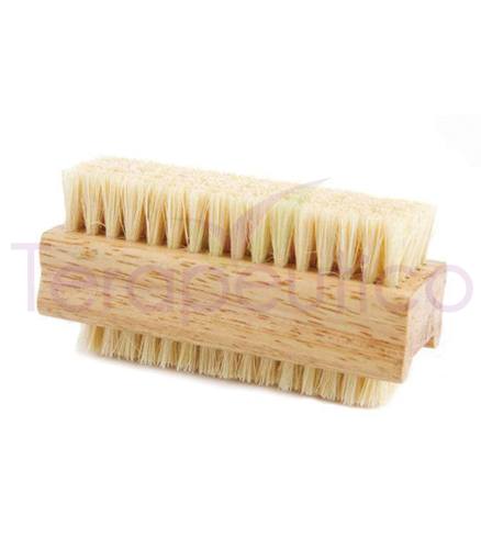 Periuta din lemn pentru manichiura si pedichira