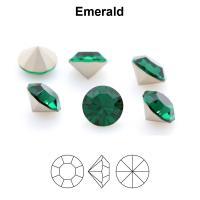 Chaton Maxima  ss29 6 mm emerald