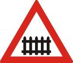 Trecere la nivel cu o cale ferată cu bariere sau semibariere