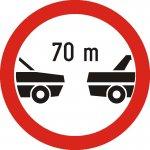 Interzis autovehiculelor de a circula fără a menține între ele un interval de cel puțin ...m