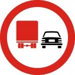 Depășirea interzisă autovehiculelor destinate transportului de mărfuri