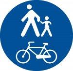 Pistă comună pentru pietoni și biciclete