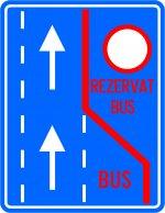Bandă rezervată circulației autovehiculelor de transport public de persoane