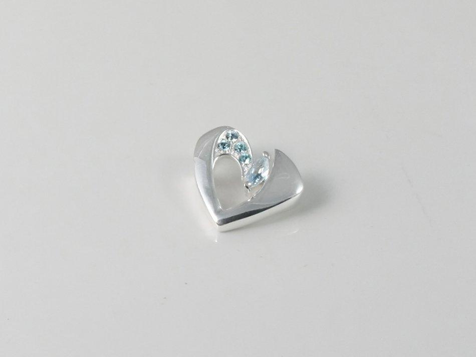 Pandantiv inimioara cu cristale Swarovski 81-PAN