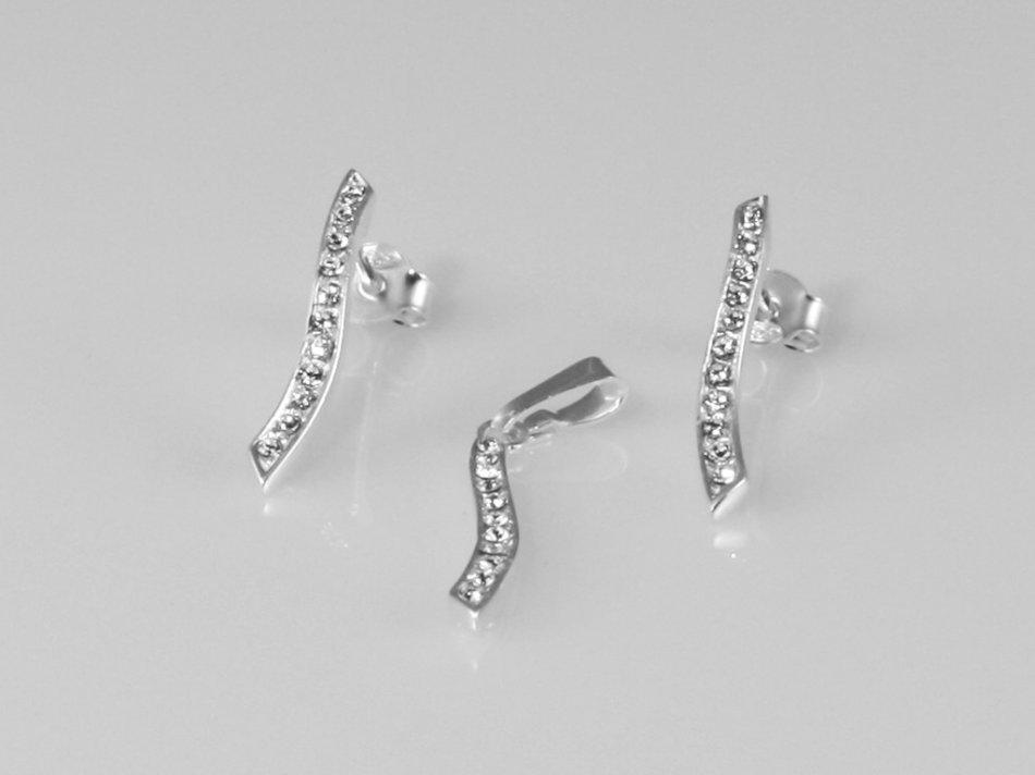 Set pandantiv si cercei cu cristale swarovski 384-SE