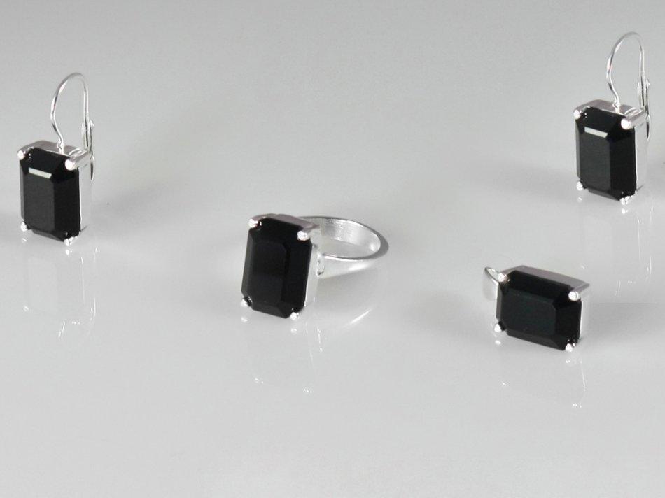 Set inel, pandantiv si cercei cu piatra zirconiu negru 403-SE