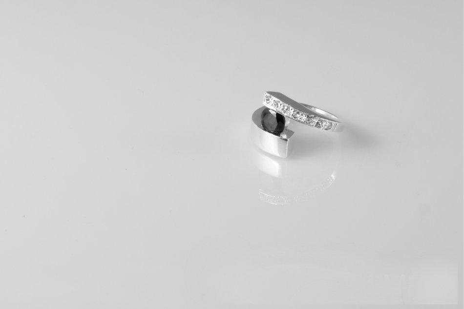 Inel argint cu zirconiu 1527-I