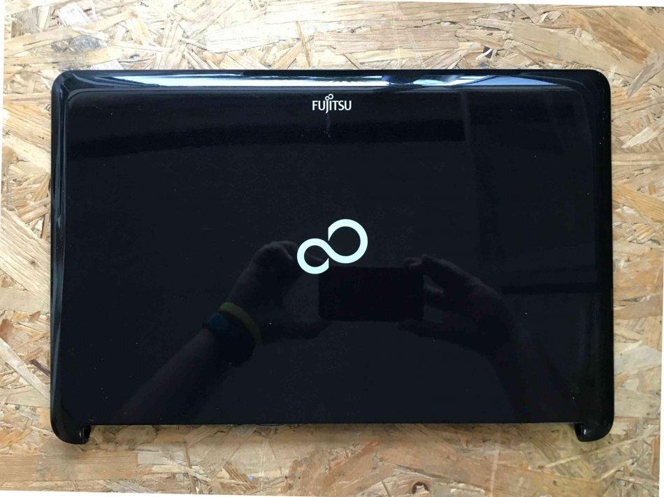 Capac display Fujitsu LifeBook AH530 44FH2LCJT70 CP48910301