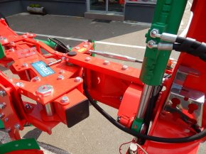 Plug reversibil Agro-Masz - POV 3, 4, 5
