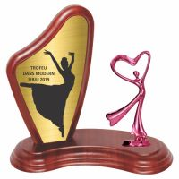 Trofeu lemn WF405+Figurină Dance F198P