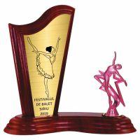 Trofeu lemn WF411+Figurină stea Balerină F272 Plum