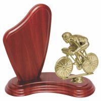 Trofeu lemn WF405Figurina Biciclist F08