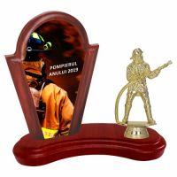 Trofeu lemn WF402Figurina Pompier F47 UV
