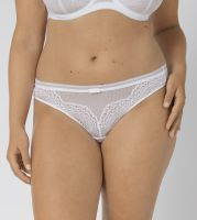 Triumph Beauty-Full Darling String
