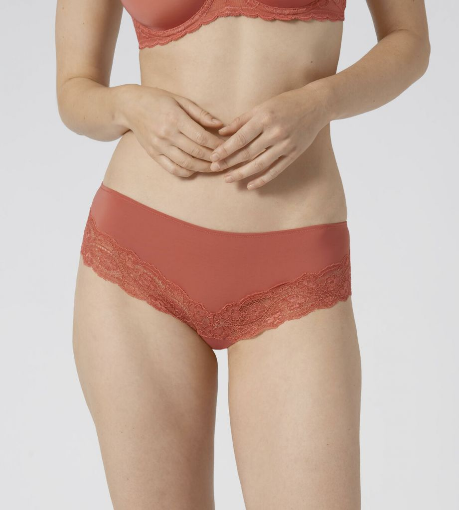 Triumph Lovely Micro Hipster 0047 1